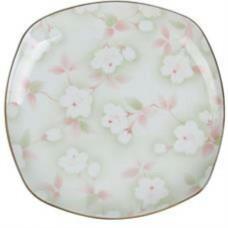 """7.5"""" Plate w/Flower Pattern"""
