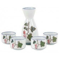 (4) 1.5oz Sake Cups & (1) 5oz Sake Server